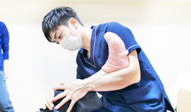 Shio整体の障害者施設への出張リハビリストレッチ3